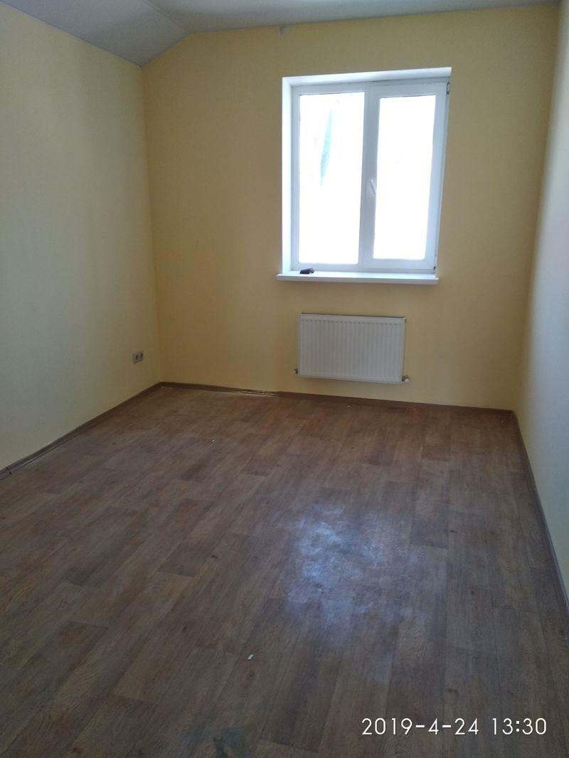 Продается хороший дом.