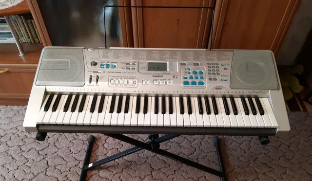 Синтезатор CASIO LK-300 TV